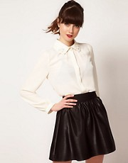 Sister Jane Blouse with Flower Collar Detail