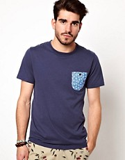 Penfield T-Shirt with Contrast Pocket