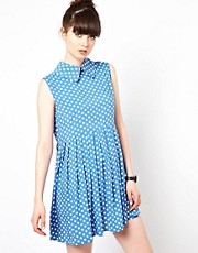 The WhitePepper Sleeveless Smock Dress in Spot
