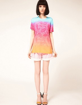 Image 4 ofJonathan Saunders Boyfriend T Shirt In Bright Paisley