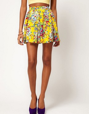 Image 4 ofMotel Ditsy Floral Skater Skirt