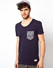 Minimum T-Shirt with Floral Pocket