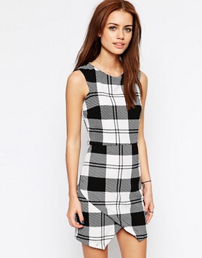 Liquorish Wrap Dress in Check