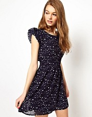 A Wear Shirred Waist Dress In Star Print