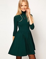 Vestido skater de cuello alto con manga 3/4 de ASOS