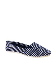New Look Montreal Stripe Slip On Plimsolls