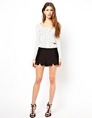 Lipsy Scallop Edge Shorts