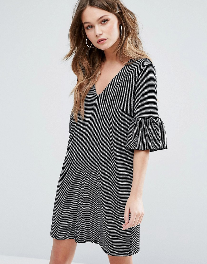 New Look Ruffle Sleeve Stripe Smock Dress - Gray