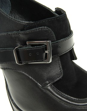 Image 3 ofCarvela Arnold Stilletto Shoe