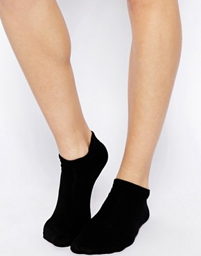 Image 2 ofASOS 3 Pack Trainer Liner Socks
