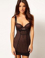 Triumph Sculpting Essence Chemise