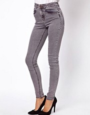 ASOS - Ridley - Jean ultra skinny et super doux dlav  l&#39;acide avec enduit rouge fonc
