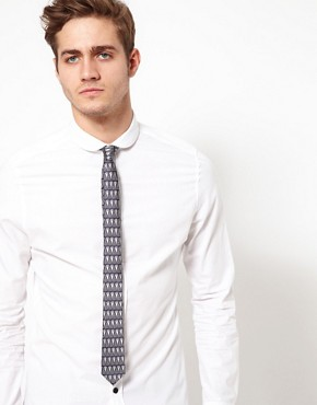 Image 2 ofASOS Silver Pattern Tie