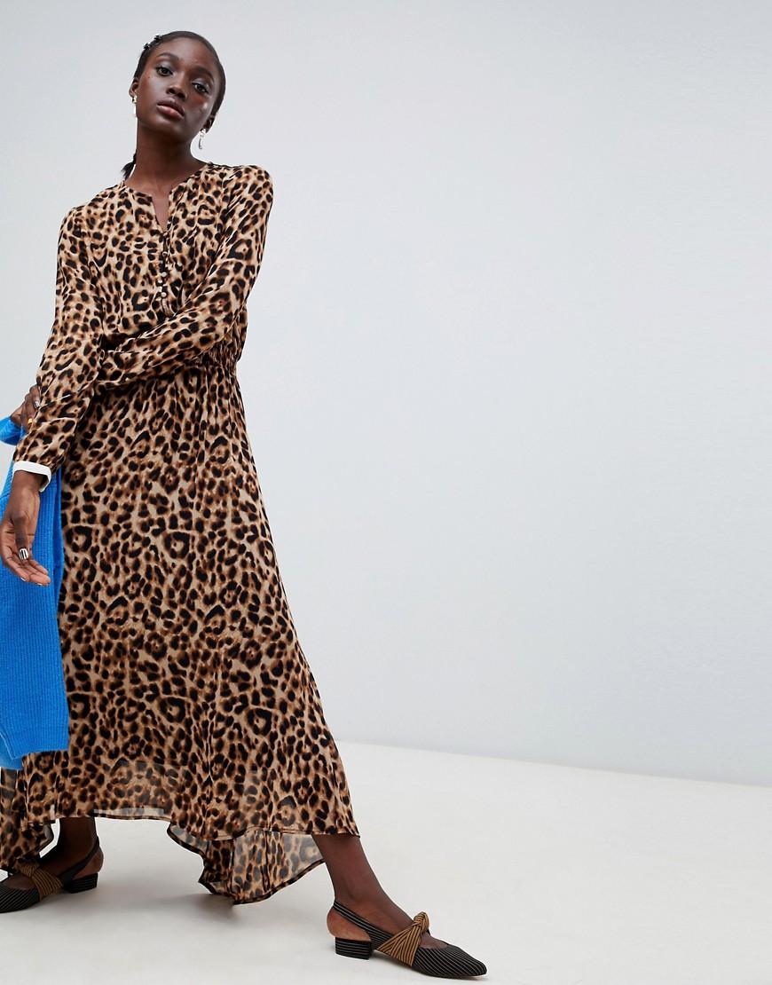 Imagen principal de producto de Vestido midi de leopardo Rus de Essentiel Antwerp - Essentiel Antwerp