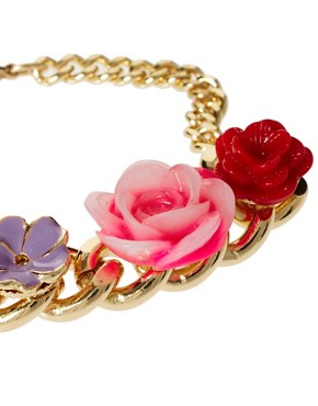 Image 4 ofASOS Flower Charm ID Bracelet