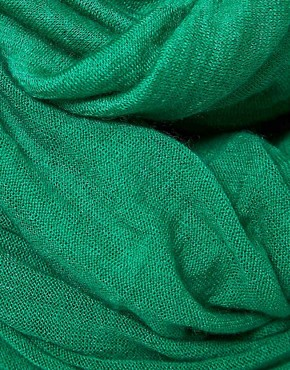 Image 2 ofPin 1876 Emerald Green Cashmere Scarf