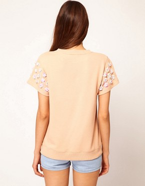 Bild 2 von ASOS  Sweatshirt mit 3D-Blumen