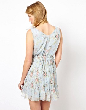 Image 2 ofYumi Floral Dress