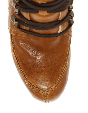 Image 3 ofCarvela Sasha Wedge Hiking Boots