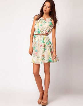 Image 4 ofTed Baker Dress In Paradise Bird Print