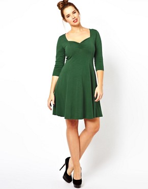 Image 4 ofASOS CURVE Exclusive Sweetheart Dress