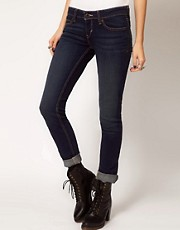 Levi&#39;s Low Curve Id Slight Curve Skinny Jeans