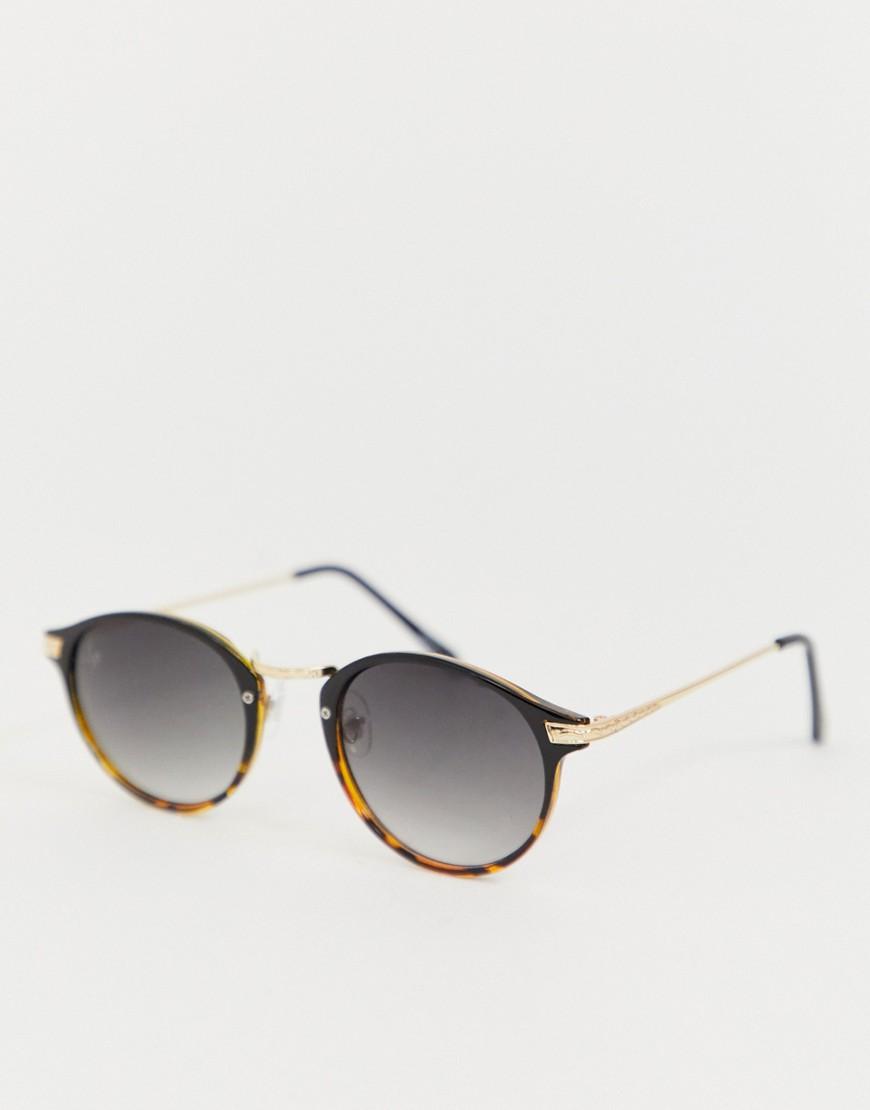 Billede af Jeepers Peepers round sunglasses in black & tort - Brown