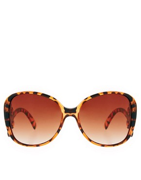 Image 2 ofASOS Oversized &#39;70s Sunglasses With Filigree Arm Detail