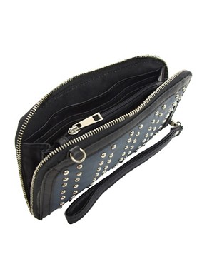 Image 2 ofMax C Stud Detail Clutch