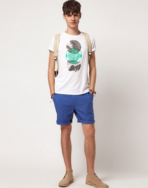 Bild 4 von ASOS  T-Shirt mit rundem Symbolaufdruck