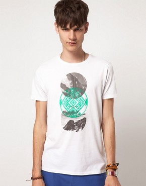 Bild 1 von ASOS  T-Shirt mit rundem Symbolaufdruck