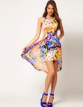 Image 4 ofLipsy Printed Dress With Peplum Detail