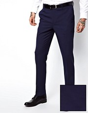 Pantalones de traje de corte pitillo en azul de ASOS