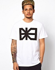 Makia T-Shirt Flag Logo Print