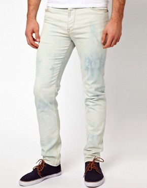 Image 1 ofASOS Skinny Jeans Bleached
