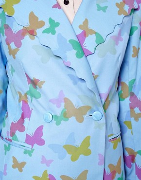 Image 3 ofNishe Scalloped Jacket in Butterfly Print