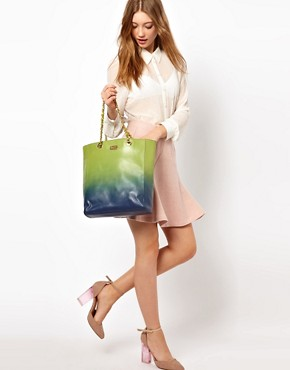 Image 3 ofMoschino Cheap &amp; Chic Dip Dye Chain Shopper Bag