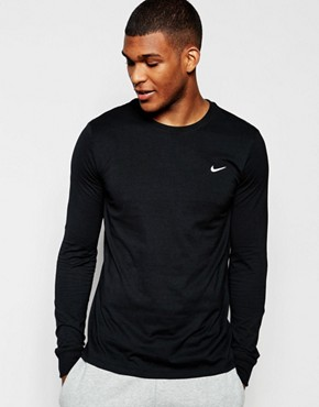Nike Long Sleeve T-Shirt With Embroidered Swoosh 715379-011