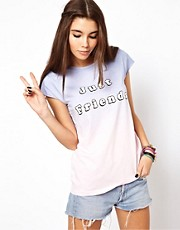 ASOS - T-shirt sfumata con scritta &quot;Just Friends&quot;