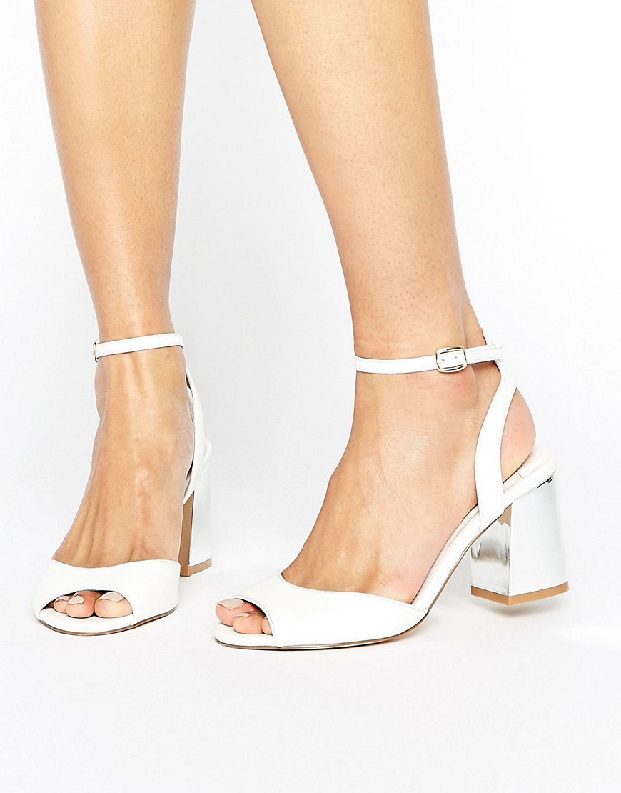 Faith Danica Block Heel Sandals - White