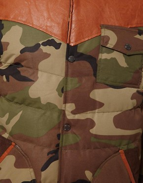 Image 3 ofBellfield Camo Gilet