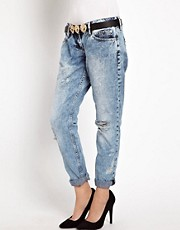 Vaqueros estilo boyfriend Cassie de River Island