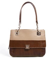 Aubrey Beckett Shoulder Bag
