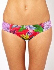 Baku &ndash; Geraffter Bikini-Hftslip