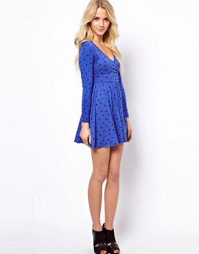 Image 4 ofASOS PETITE Exclusive Dress With Ballet Wrap In Bird Print