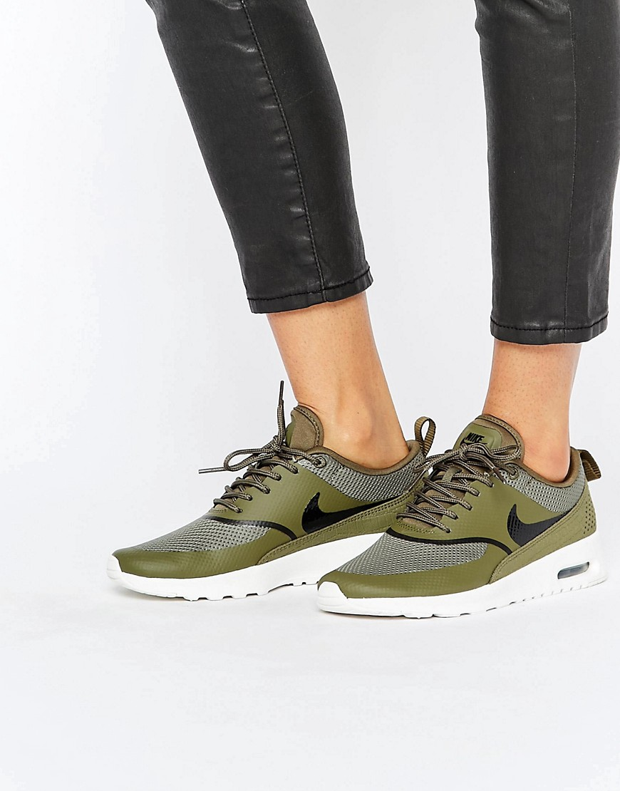 nike air max thea trainers in khaki e blacksummit white. Black Bedroom Furniture Sets. Home Design Ideas