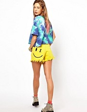 Bitching & Junkfood  Jeansshorts mit Smiley in Acid-Waschung