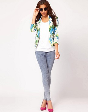 Image 4 ofRiver Island Botanical Print Jacket