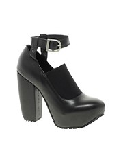 Miista Hilda Leather Buckle Platform Shoe