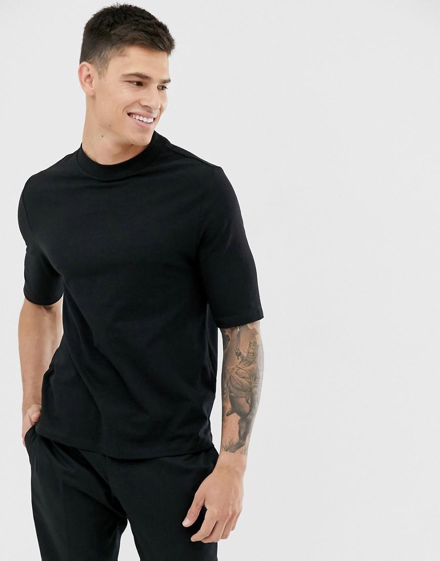 - ASOS DESIGN – Elegantes, schwarzes T-Shirt aus Bio-Baumwolle in schlanker Passform